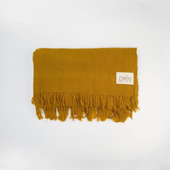 Manta de lana mostaza