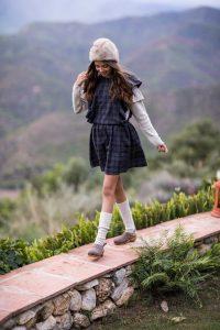 Catálogo otoño 2018 niña andando